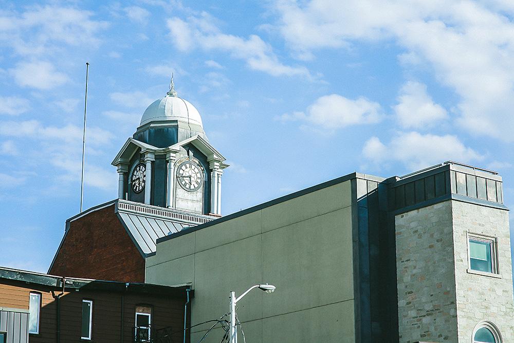 Downtown_Brampton_Engagement_Photos_CF01_IMG_8899