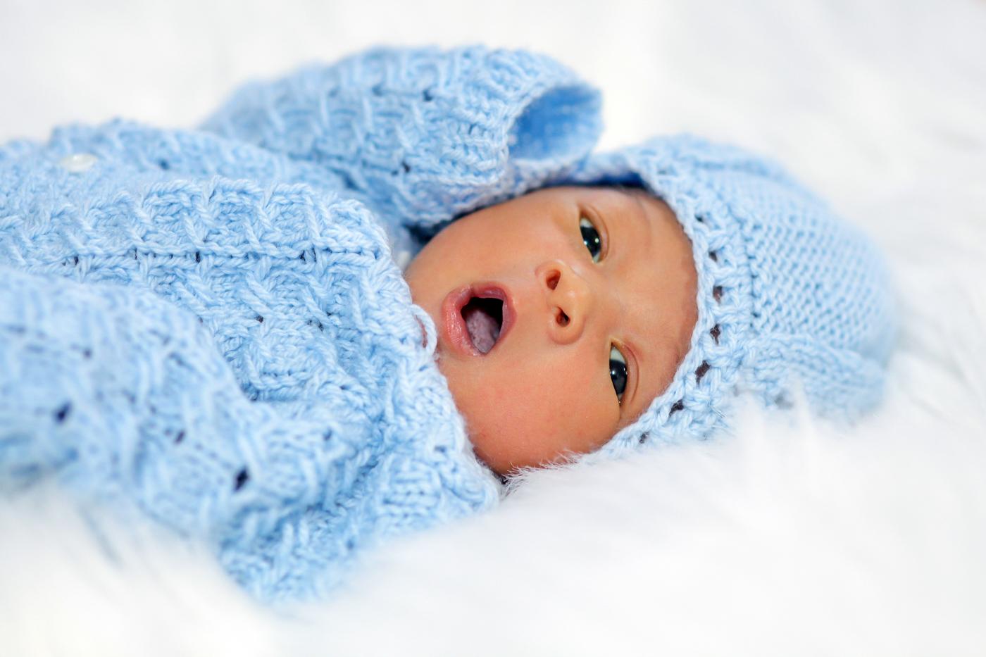 Mississauga New Born Photographer